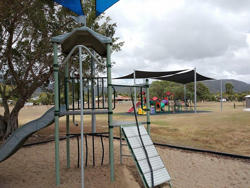 Oriole Park Port Gardens older play equipment